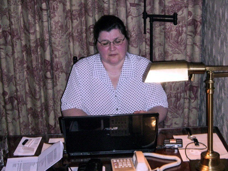 Monika Fuchs working while travelling